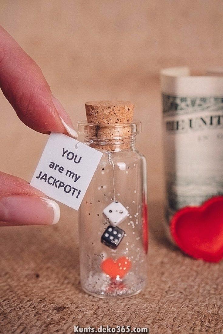 Kleines Geschenk Freund Valentinstag Herzlichen Gluckwunsch An Die Lieben